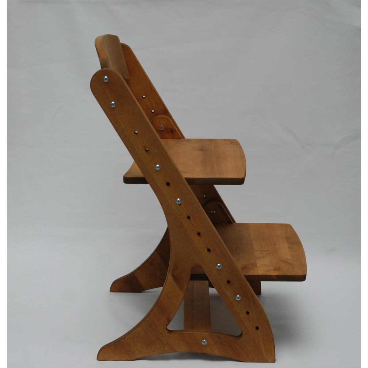 Растущий стул АйКью из массива березы (цвет колониальный дуб)